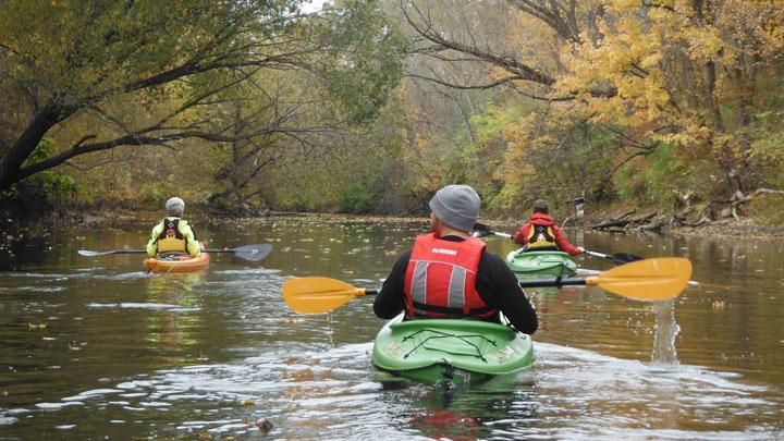 paddling the Swan Creek 11-04-2013